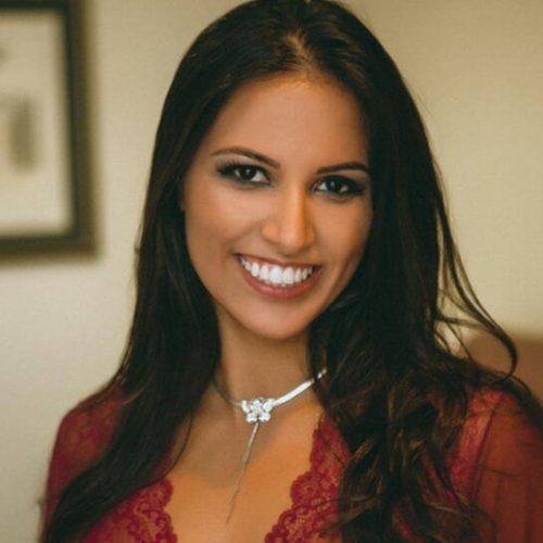 Camila Marques (Camilinha)